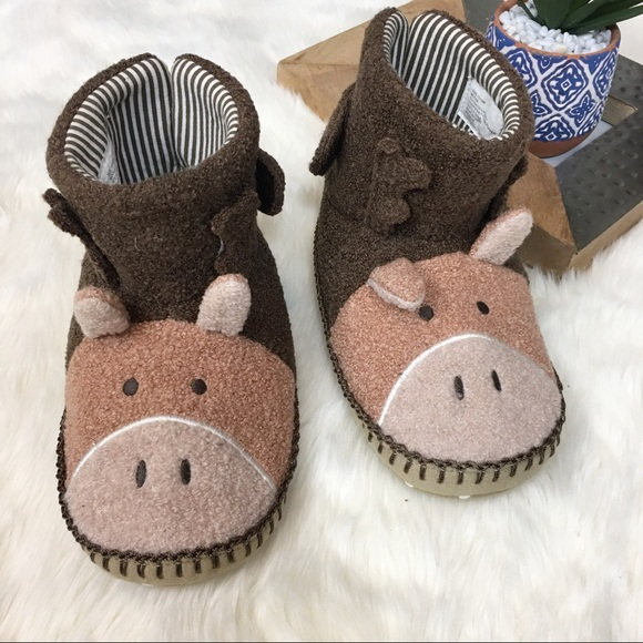13ef69a77 Hanna Andersson Other - Hannah Andersson Moose Kids slippers